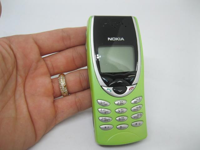 Nokia 8210 xanh chuối nguyên zin chính hãng thay vỏ - Ms V007