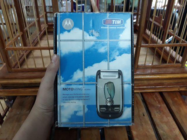 Motorola A1200 màu đen hàng zin đét full box đầy đủ phụ kiện - Ms 1803