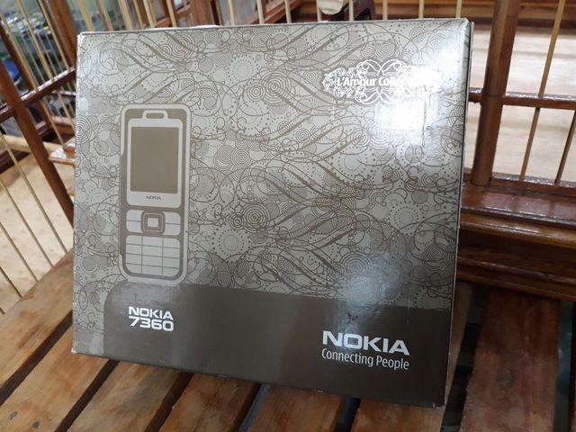 Nokia 7360 màu đen hàng chính hãng full box zin zin zin - Ms 3072