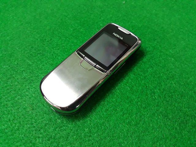 Nokia 8800 Anakin màu bạc nguyên zin đẹp 98% - Ms 3097