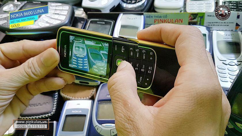 Nokia 8600 Luna màu vàng sang chảnh