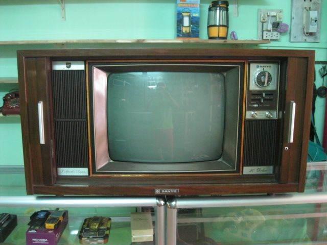 Ti Vi Của Lùa Sanyo Television Model: 20 - W880 Lv Siêu Đẹp