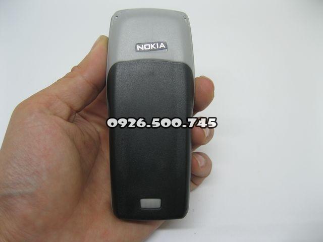 Nokia-1100_2.jpg