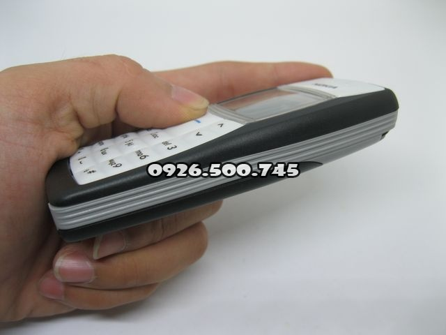 Nokia-1100_5.jpg
