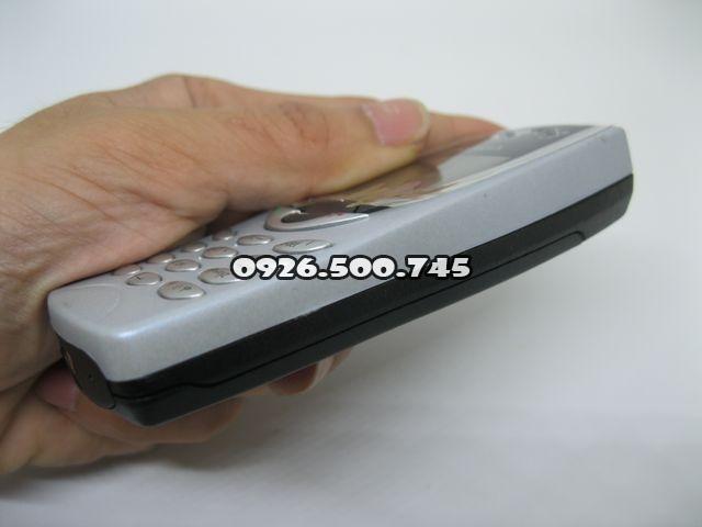 Nokia-8210_5.jpg