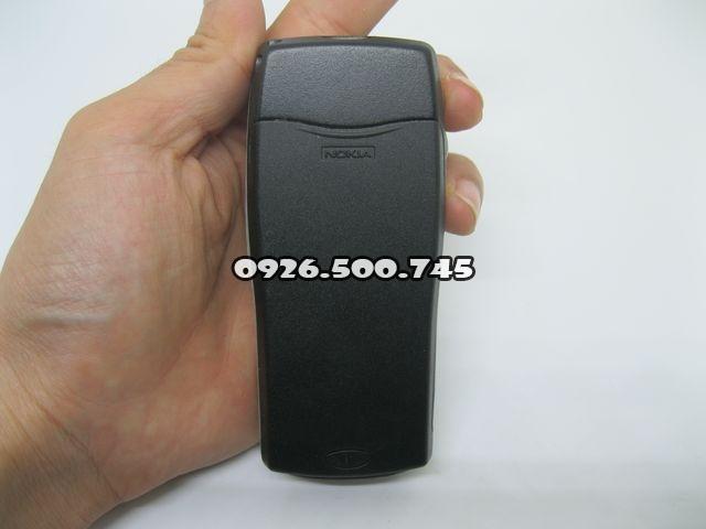 Nokia-8210-2_2.jpg