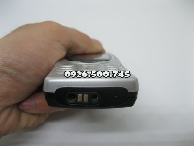 Nokia-8210-2_3.jpg
