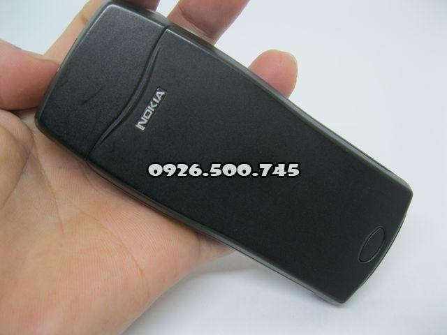 Nokia-8210-Xanh_37.jpg