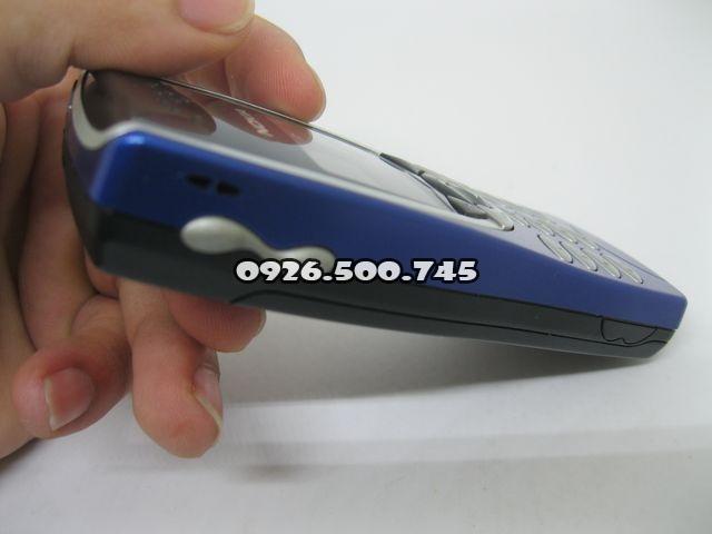 Nokia-8210-Xanh_39.jpg