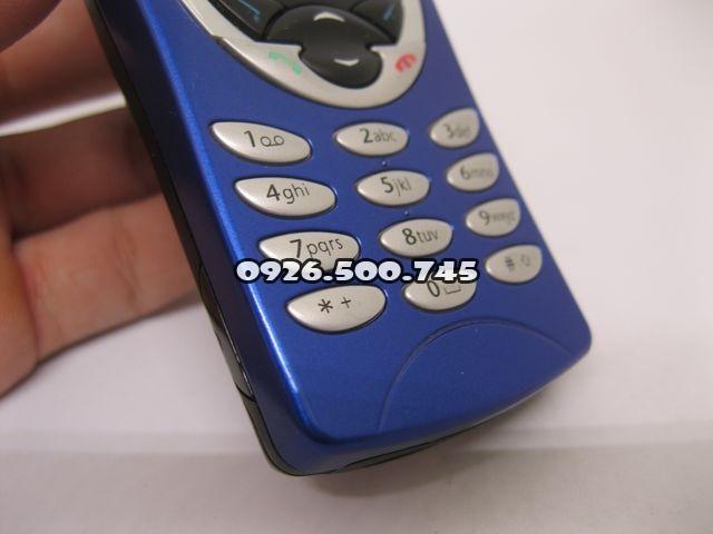 Nokia-8210-Xanh_42.jpg
