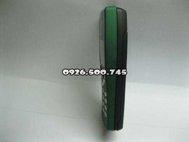 Nokia-8210_3gtDj.jpg
