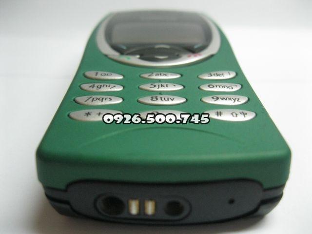 Nokia-8210_5zr3P.jpg