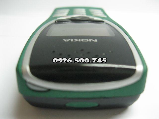 Nokia-8210_6O02oH.jpg
