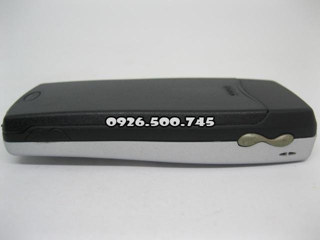 Nokia-8250-Bac_11.jpg