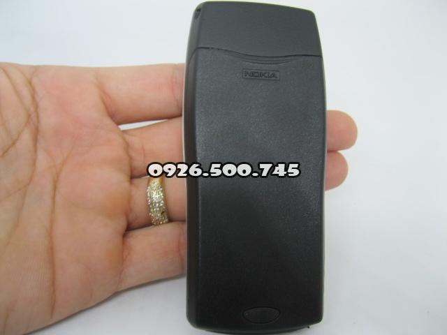 Nokia-8250-Bac_9.jpg