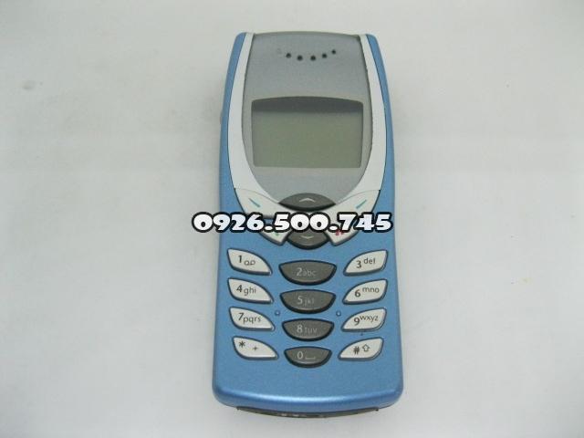 Nokia-8250-Xanh-da-troi_1.jpg