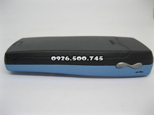 Nokia-8250-Xanh-da-troi_14.jpg