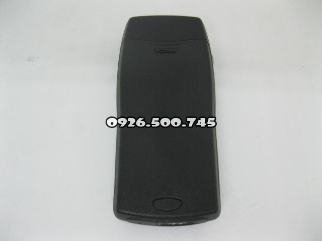 Nokia-8250-Xanh-da-troi_2.jpg