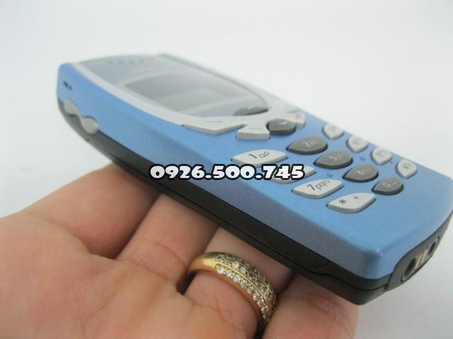 Nokia-8250-Xanh-da-troi_3.jpg