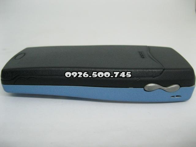 Nokia-8250-Xanh-da-troi_6.jpg