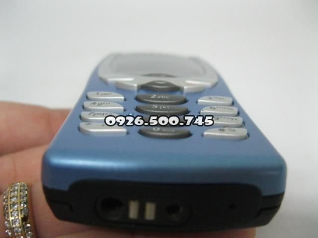 Nokia-8250-Xanh-da-troi_9.jpg