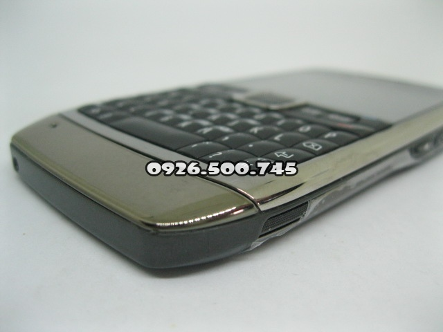 Nokia-E71-Nau_4.jpg