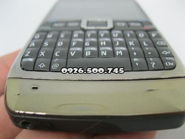 Nokia-E71-Nau_5.jpg