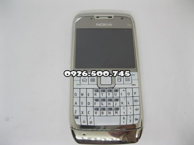 Nokia-E71-Trang_5.jpg