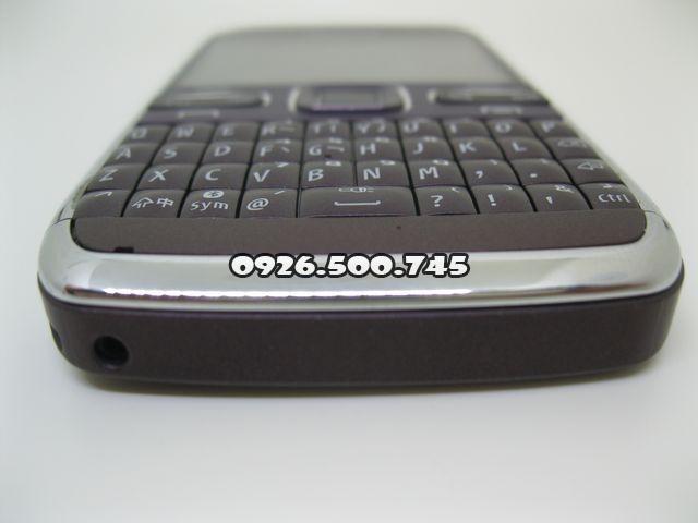 Nokia-E72_5.jpg