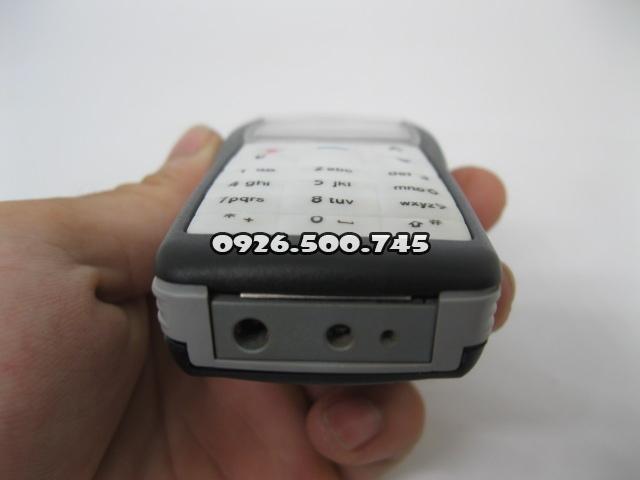 Nokia-1100-Den_5.jpg