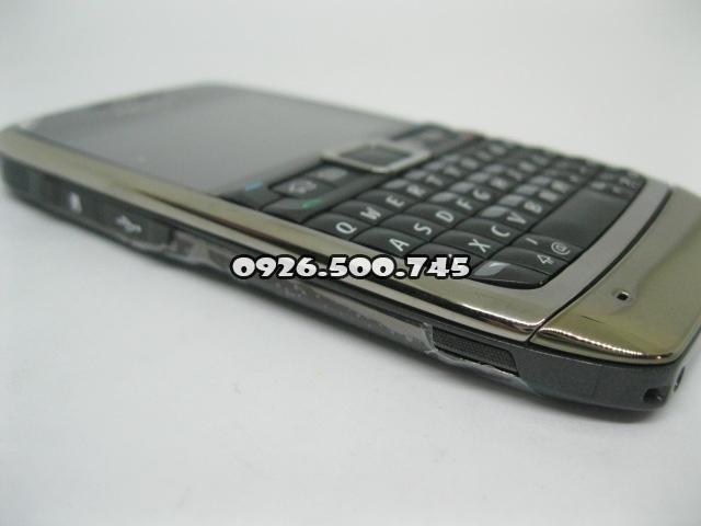 Nokia-E71-Nau_3.jpg