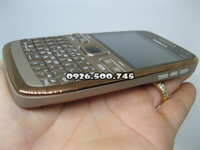 Nokia-E72-Socola-cafe_26.jpg