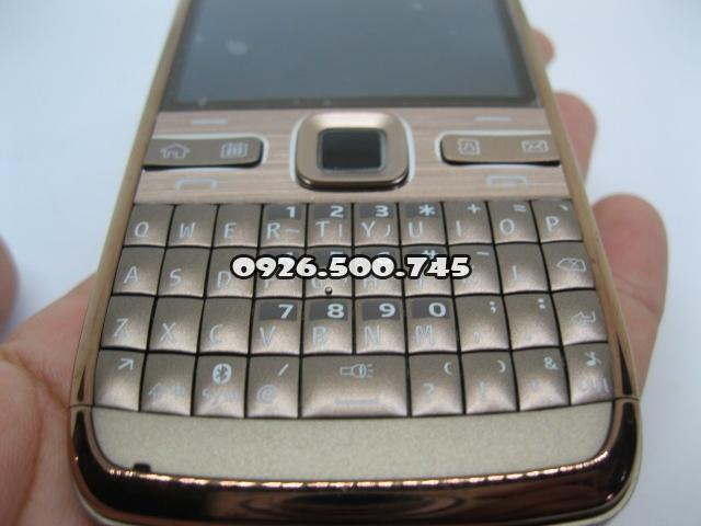 Nokia-E72-Socola-cafe_7.jpg