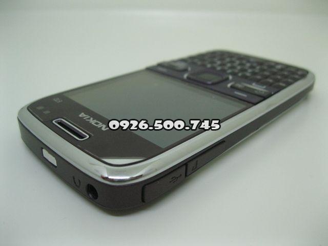 Nokia-E72_4.jpg