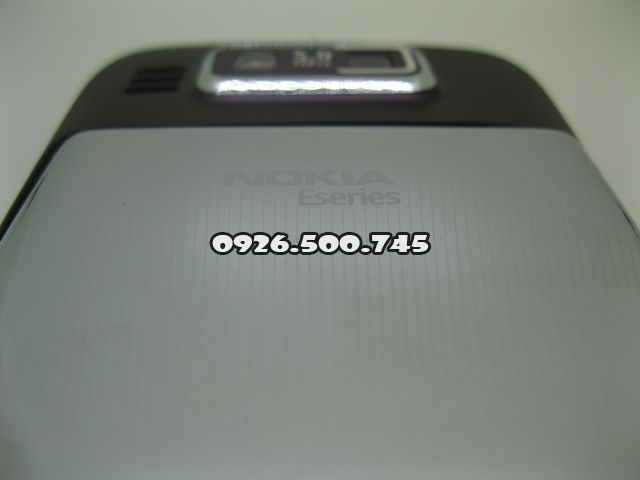 Nokia-E72_9.jpg