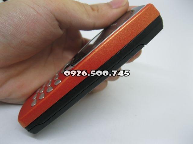 Nokia-8210-mau-cam-nguyen-zin-thay-vo-moi-ms-v005_3.jpg