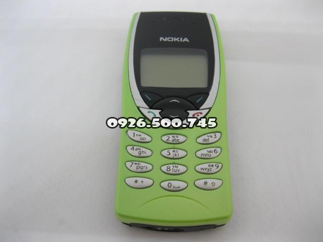 Nokia-8210-mau-xanh-chuoi-nguyen-zin-chinh-hang-thay-vo-V007_1.jpg