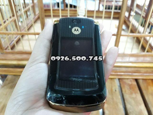 Motorola-v8-mau-vang-den-nguyen-zin-chinh-hang-thay-vo-dep-98-ms-3077_1.jpg