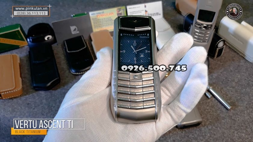 Vertu-Ascent-Ti-Back-nguyen-zin_5.jpg