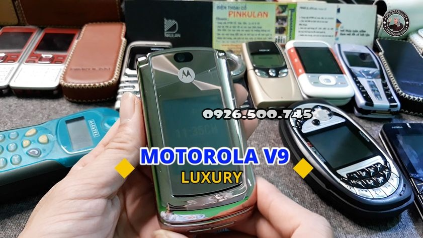 Motorola-V9-Luxury_1.jpg
