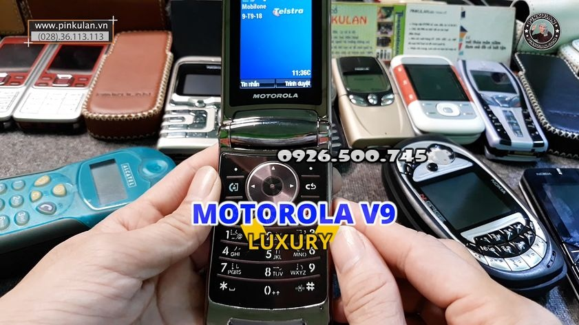 Motorola-V9-Luxury_2.jpg