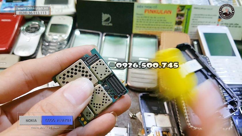 Huong-dan-ve-sinh-may-Nokia-8800-Anakin_5.jpg