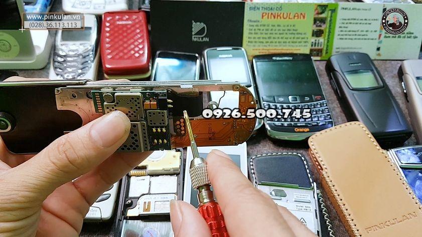 thay-loa-Nokia-8800-anakin_3.jpg