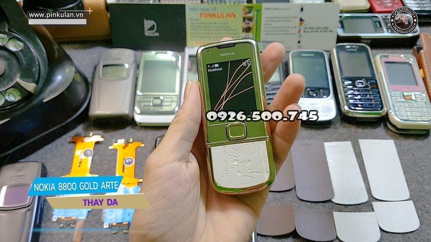 Thay-da-Nokia-8800-Arte-Gold-chnh-hang_2.jpg