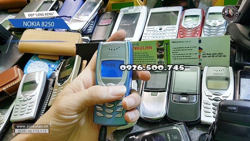 Nokia-8250-nguyen-ban-nguyen-zin_1.jpg