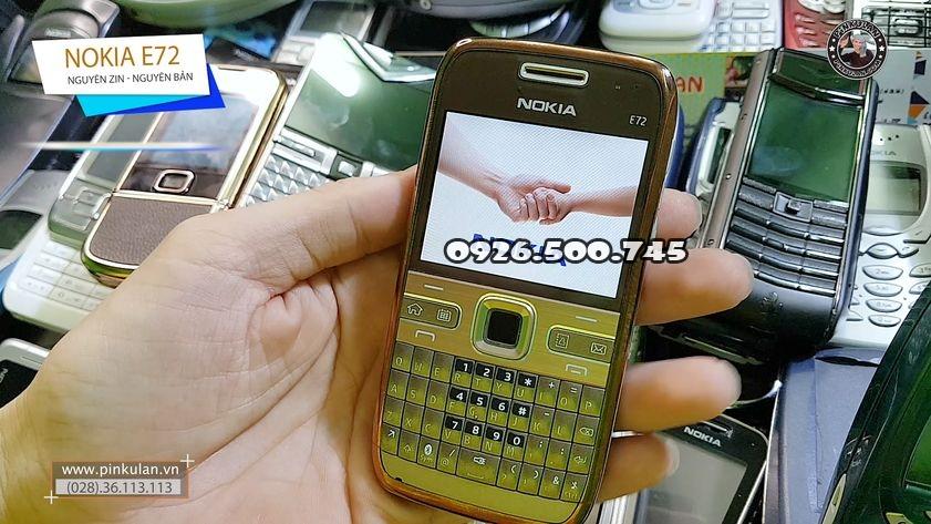 Nokia-E72-huyen-thoai_3.jpg