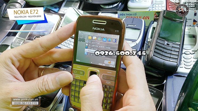 Nokia-E72-huyen-thoai_5.jpg