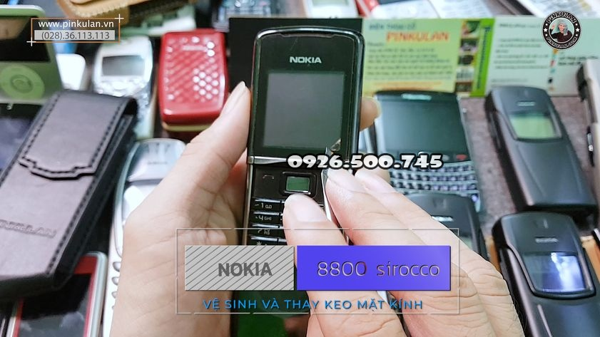 ve-sinh-mat-kinh-thay-keo-nokia-8800-sirocco_1.jpg