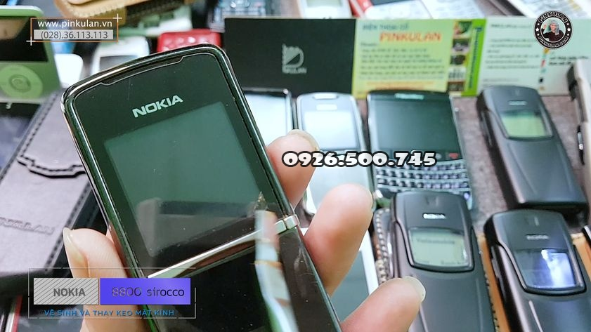 ve-sinh-mat-kinh-thay-keo-nokia-8800-sirocco_2.jpg