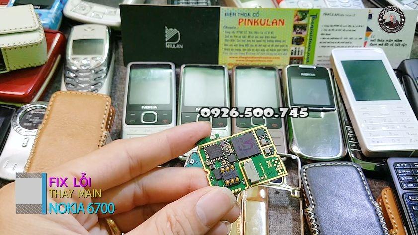 Thay-main-zin-cho-Nokia-6700-huyen-thoai_2.jpg